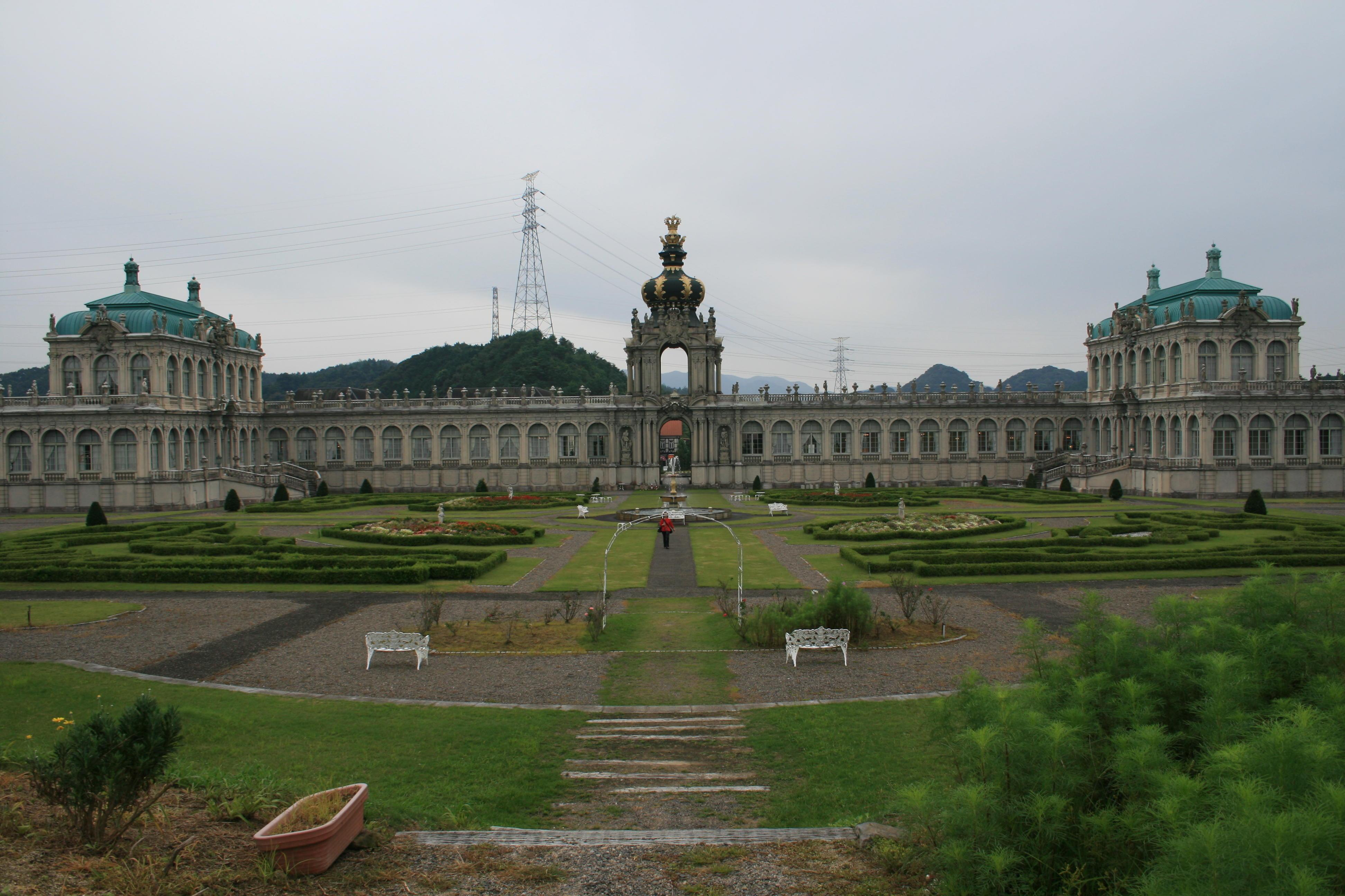 ドイツ・バロック建築 ツヴィンガー宮殿と古伊万里の繋がり