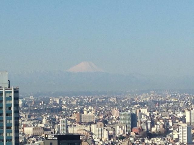 ヒルトン東京 朝食会場からの富士山☆