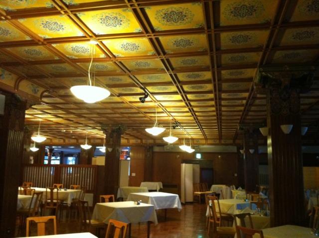 日光金谷ホテル メインダイニング。朝食はここでいただきました。