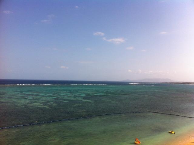 リザンシーパークホテル谷茶ベイ お部屋から綺麗な海が…