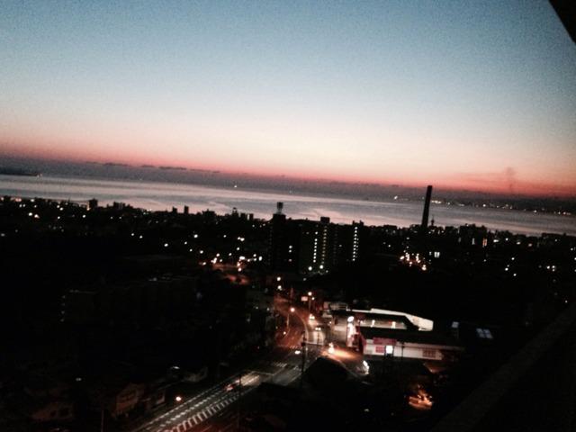 杉乃井ホテル本館 グレースフロアからの眺め別府湾に広がる朝焼けが美しかった。