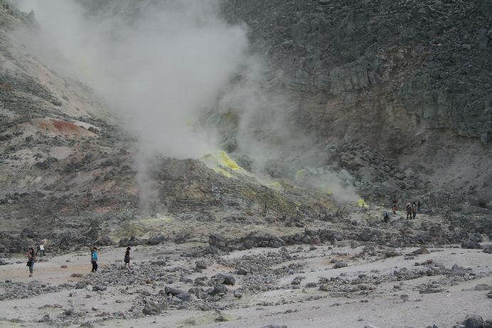 硫黄の煙がちと怖い?