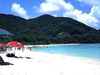 那覇から近い綺麗なビーチ
