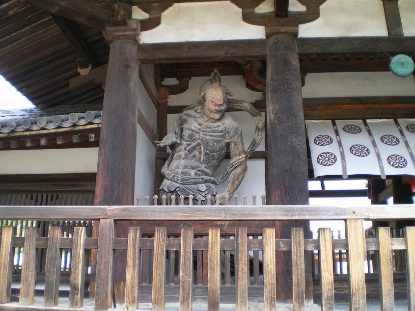 日本で一番古い金剛力士像(あ・うん像)