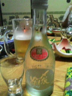 夕食で頼んだ〆張鶴の冷酒が美味しかった