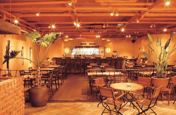 駅近カフェレストランで、ほっこりミニトリップはいかが?