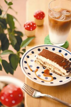 手作りケーキとお茶の店「のこのこ」