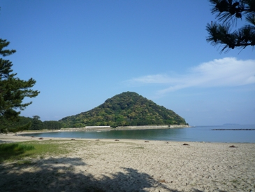 日本海がすぐ目の前。萩城跡も近い。
