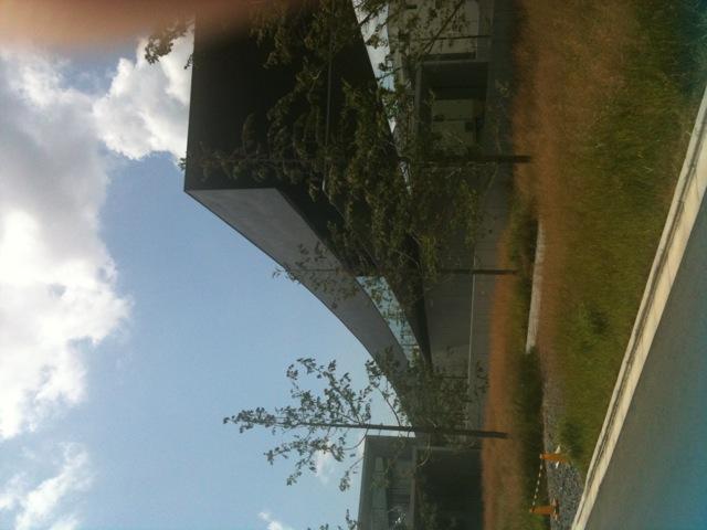 昭和の森近くのホキ美術館へ