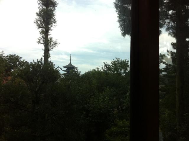 奈良ホテル メインダイニングからは興福寺の三重塔が見えました!